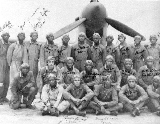 North American P-51 Mustang en quelques mots . Airmen8