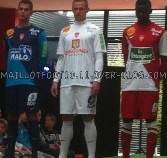 Maillots 2012/2013 - Page 2 Maillot-brest-2012-2013