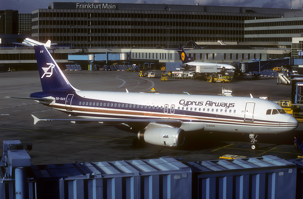 A320 in FRA 5b-dav_16-02-90plut0