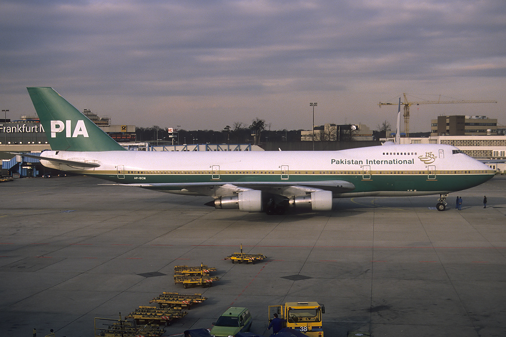 747 in FRA - Page 2 Ap-bcm_17-02-89ctxzw