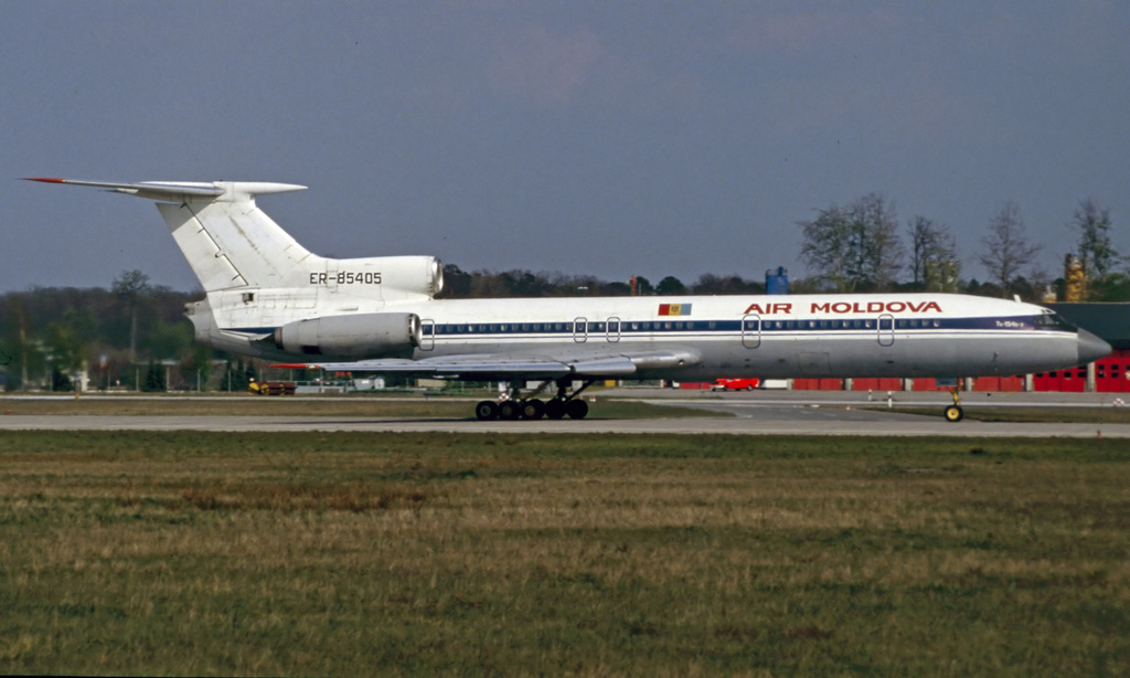 TU-154 in FRA - Page 5 Cccer-85405jjzcb
