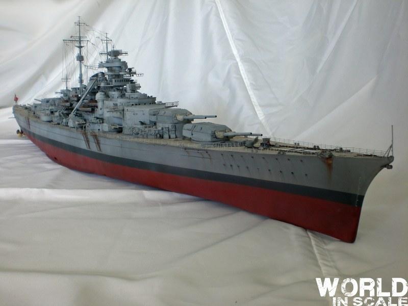 Schlachtschiff BISMARCK - 1/200 v. Trumpeter Cimg3515_800x600hdkkz