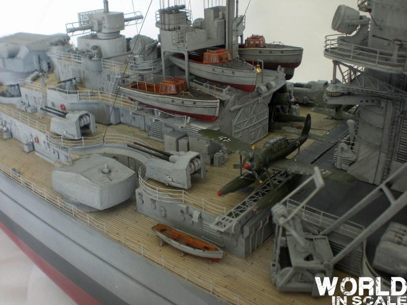 Schlachtschiff BISMARCK - 1/200 v. Trumpeter Cimg3530_800x600qsyfm