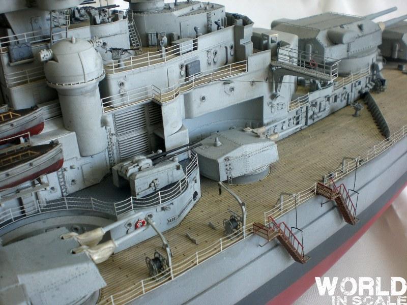 Schlachtschiff BISMARCK - 1/200 v. Trumpeter Cimg3538_800x600oczza