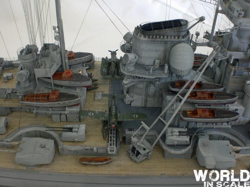 Schlachtschiff BISMARCK - 1/200 v. Trumpeter Cimg3561_800x6009cby4