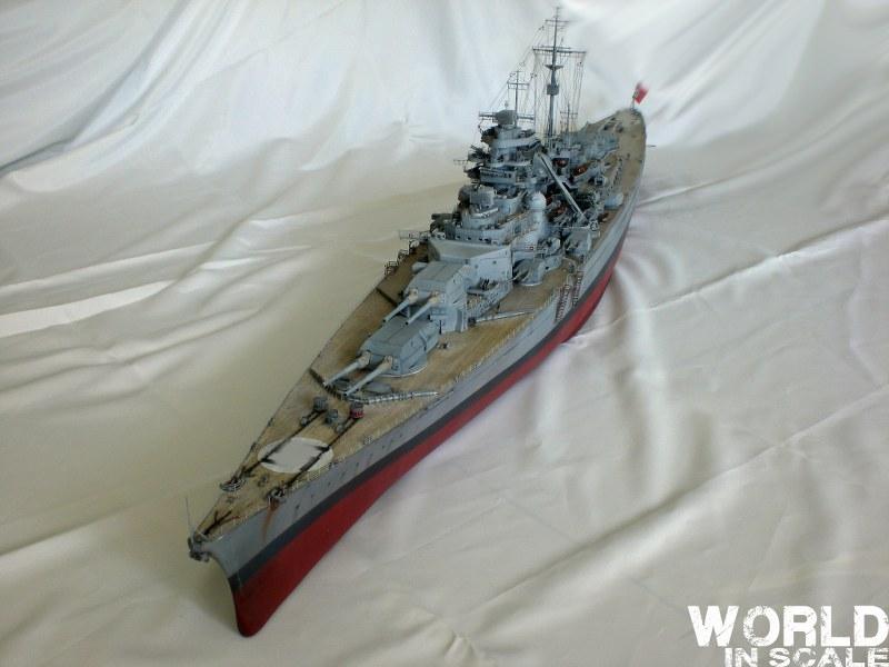 Schlachtschiff BISMARCK - 1/200 v. Trumpeter Cimg3582_800x600mxkc9