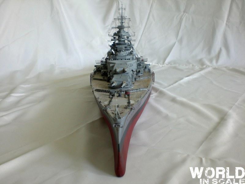 Schlachtschiff BISMARCK - 1/200 v. Trumpeter Cimg3584_800x6000rk8b
