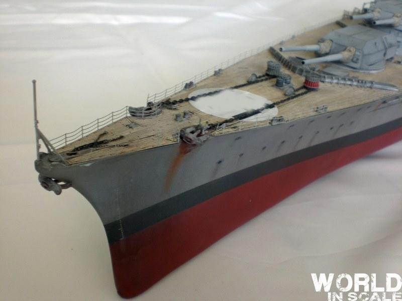 Schlachtschiff BISMARCK - 1/200 v. Trumpeter Cimg3586_800x6007wk4u