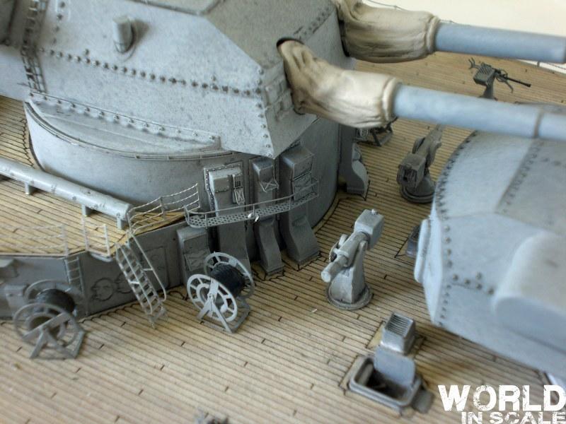 Schlachtschiff BISMARCK - 1/200 v. Trumpeter Cimg3609_800x600wgkgx