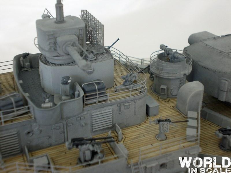 Schlachtschiff BISMARCK - 1/200 v. Trumpeter Cimg3622_800x600omyxd