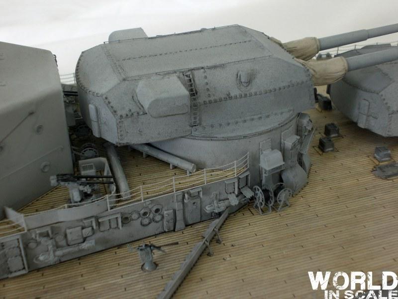 Schlachtschiff BISMARCK - 1/200 v. Trumpeter Cimg3644_800x600b9y0m