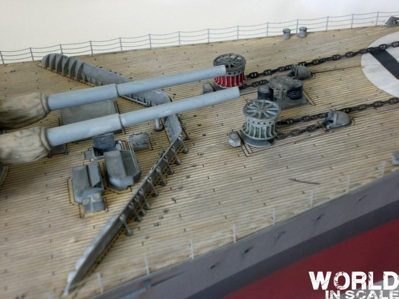 Schlachtschiff BISMARCK - 1/200 v. Trumpeter Cimg3645_800x60004k1e
