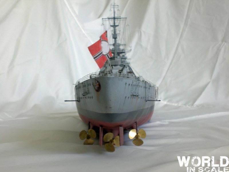 Schlachtschiff BISMARCK - 1/200 v. Trumpeter Cimg3659_800x600dzkrr