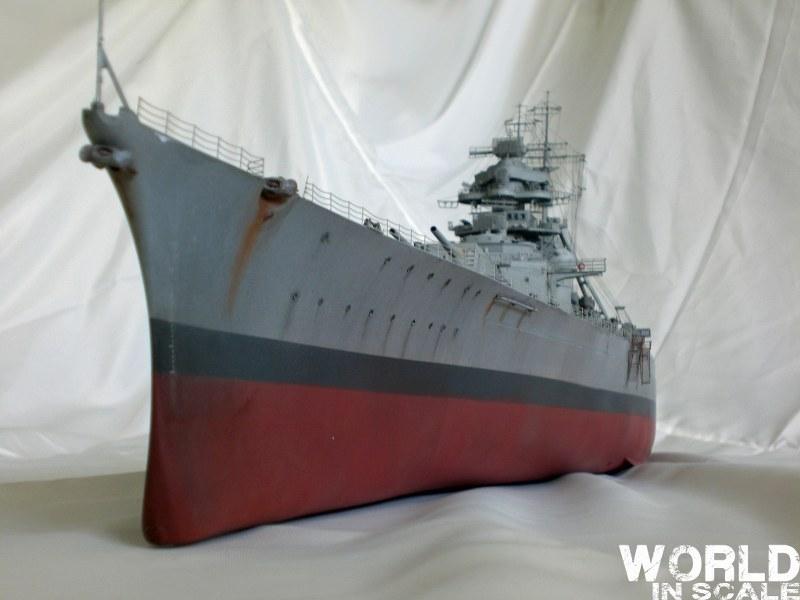 Schlachtschiff BISMARCK - 1/200 v. Trumpeter Cimg3667_800x600faj4z