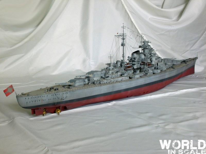 Schlachtschiff BISMARCK - 1/200 v. Trumpeter Cimg3688_800x600p7z8n