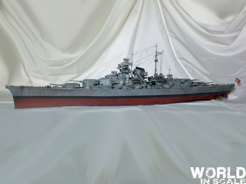 Schlachtschiff BISMARCK - 1/200 v. Trumpeter Cimg3705_800x600o4z3e