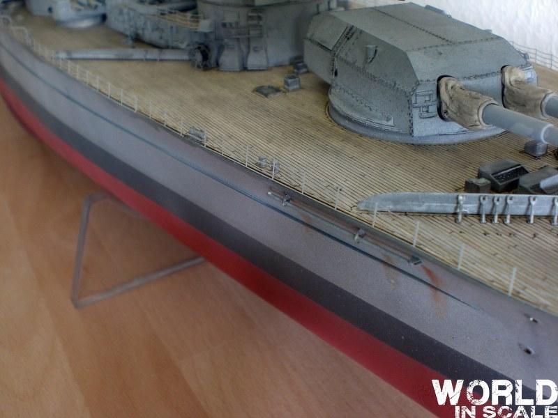 Schlachtschiff BISMARCK - 1/200 v. Trumpeter Cimg3706_800x600b4lj0