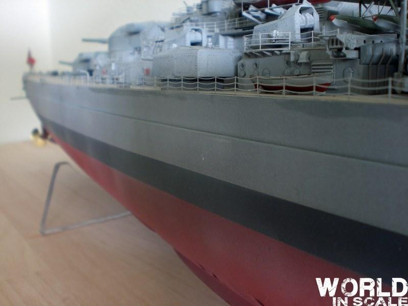 Schlachtschiff BISMARCK - 1/200 v. Trumpeter Cimg3709_800x600mmlqp
