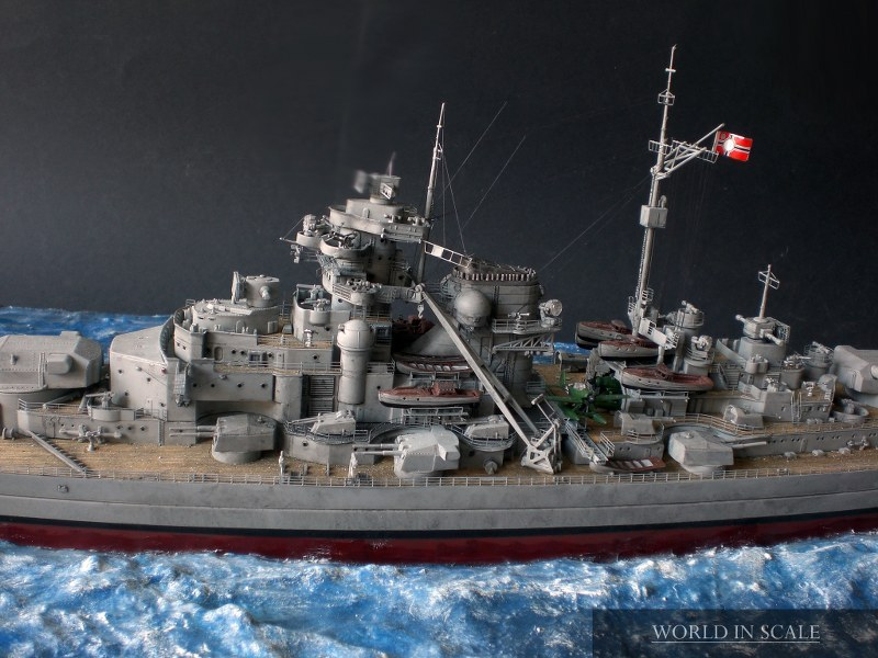 Schlachtschiff BISMARCK - 1/350 v. Revell Cimg4284_800x600e5fve