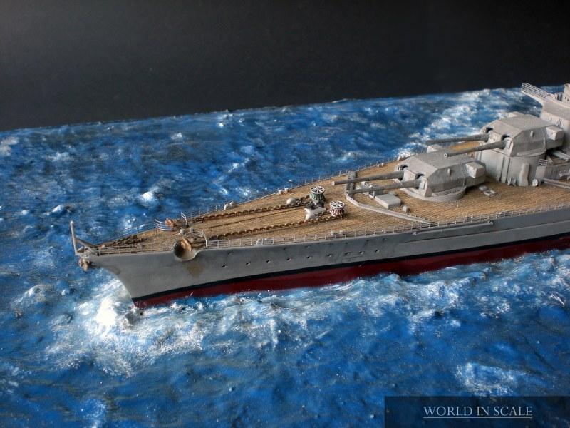 Schlachtschiff BISMARCK - 1/350 v. Revell Cimg4295_800x6000xi3s