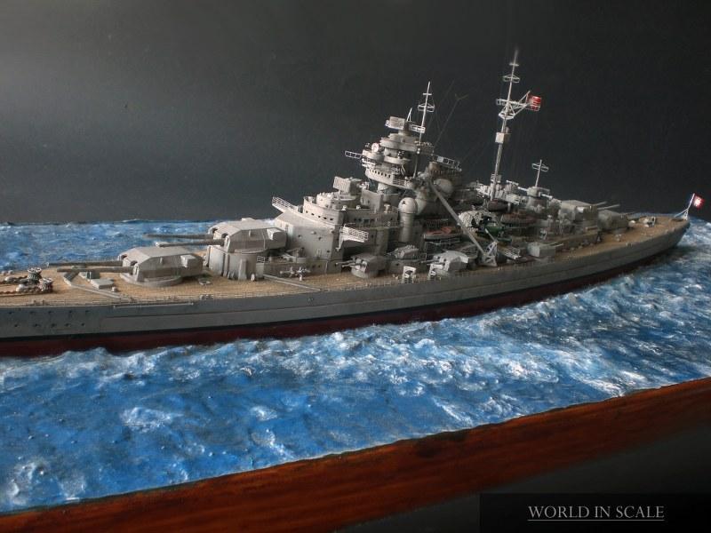 Schlachtschiff BISMARCK - 1/350 v. Revell Cimg4299_800x600myioa