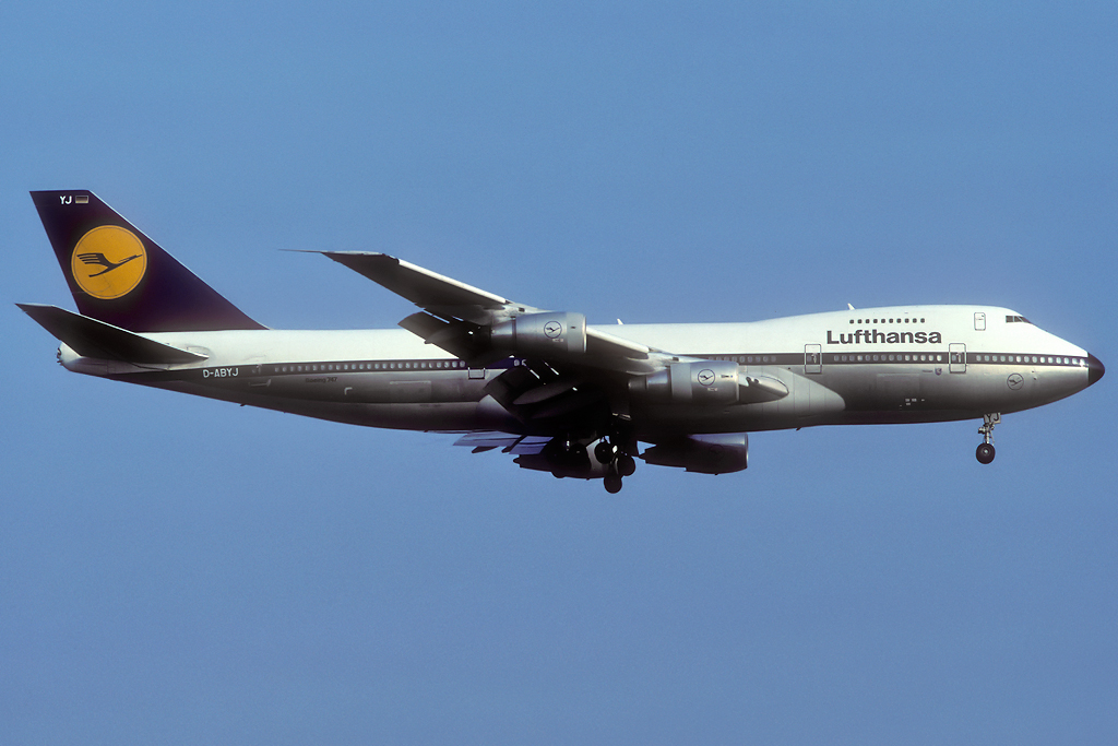 747 in FRA - Page 10 D-abyj_15-09-90i1fln