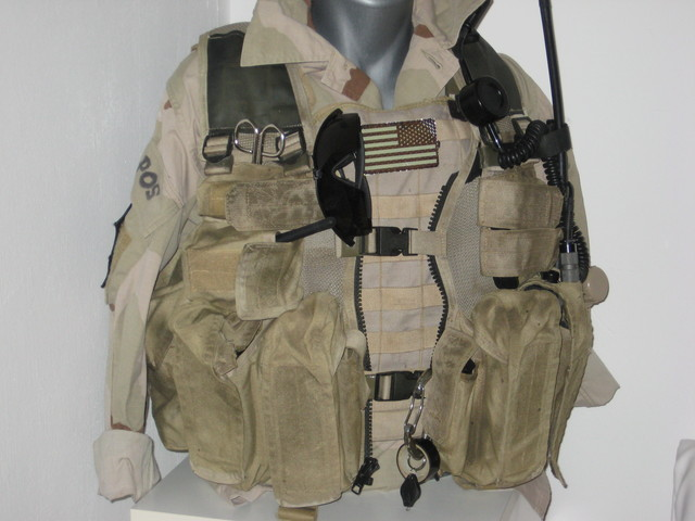 "late 90's / early 2000 US ""SOF"" gear collection Doavpckombi1rdsln"