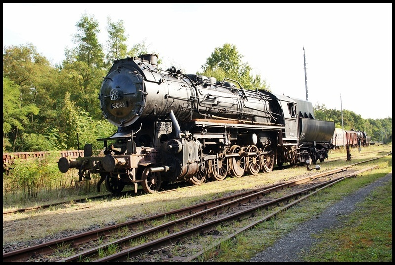 Die BR 52 - die Kriegslok - und BR 52.80 sowie Kohlestaub-52 - Seite 4 Dsc00512hcuqg