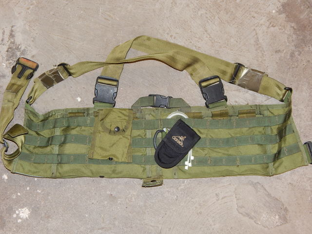 "late 90's / early 2000 US ""SOF"" gear collection Dscn1121r4szg"