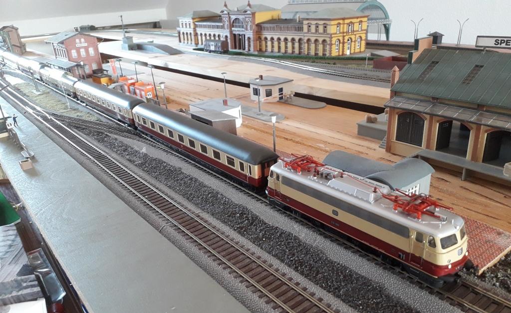 Der Märklin-Rheinpfeil Eigenemoba2020-100910xkee