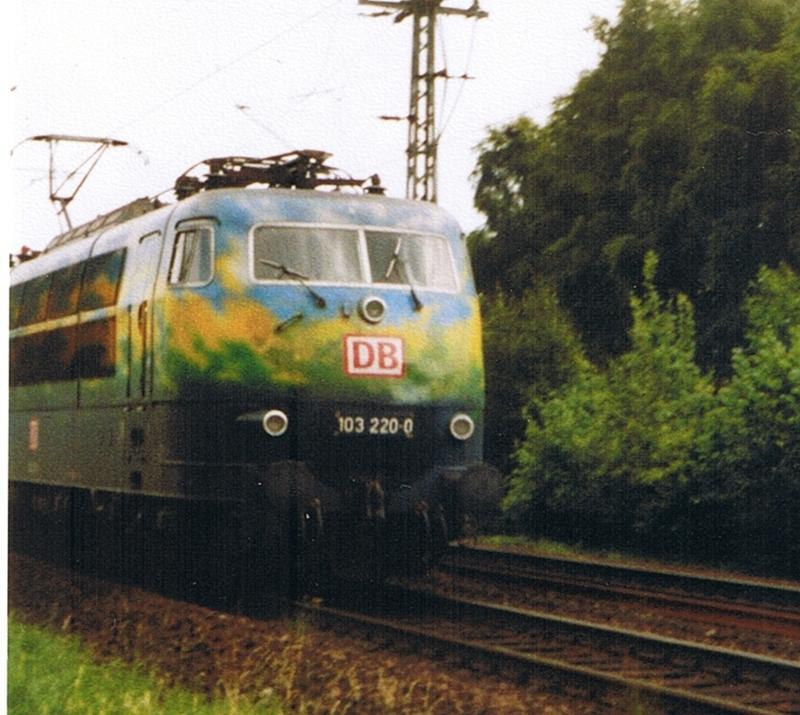 Was die Züge so bewegt ... - Seite 2 Fotokiste6.1.3kgsvc