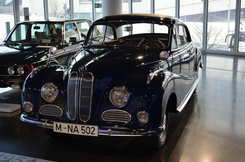 Ein Besuch im BMW-Museum Image0jsda
