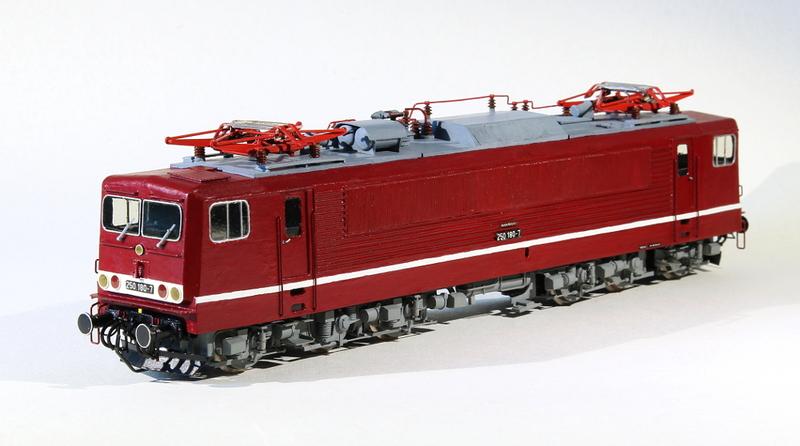 """Meine """"Pappedeckel-Modelle""""  1/87 Img_6920tcsab"""