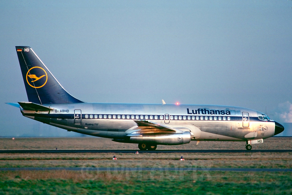 Looking back in History J2b737lhde3dabhdsg1cws5c