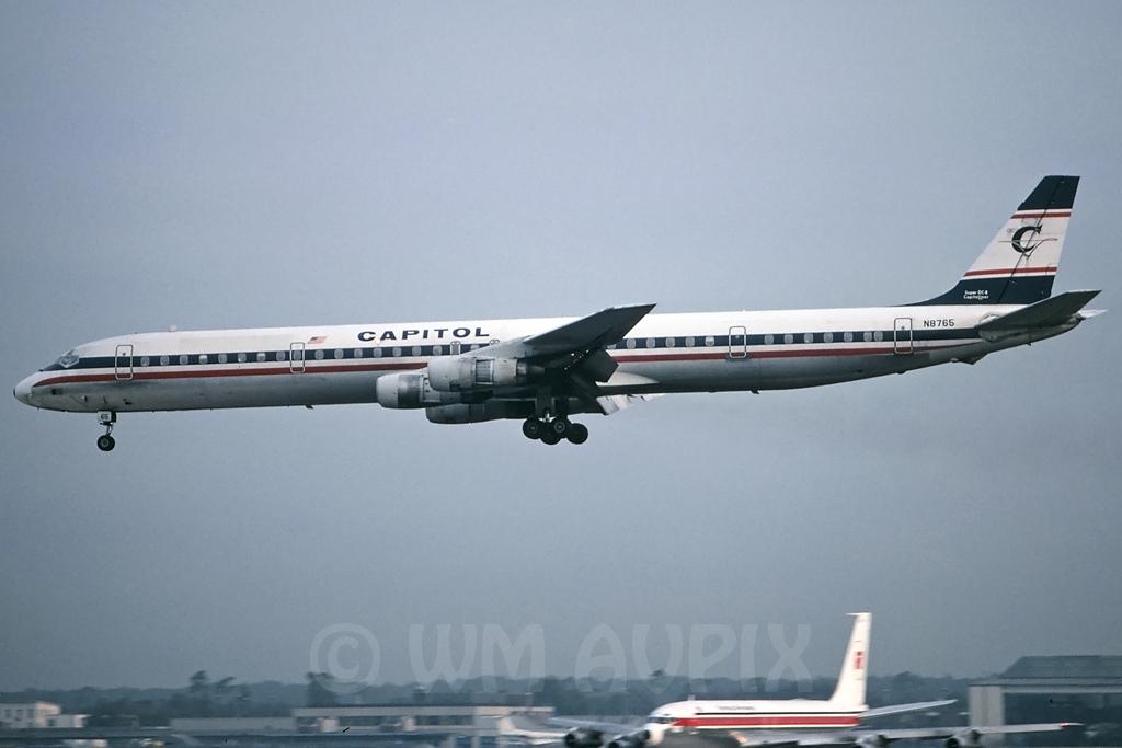 DC-8 in FRA - Page 3 J4dc8cl261n8765pl014lzfe