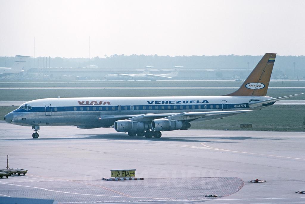 DC-8 in FRA - Page 3 J4dc8va50yv129cpg01tsx93