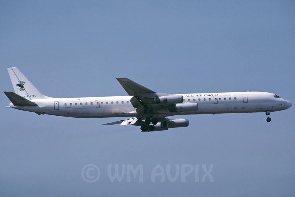 DC-8 in FRA - Page 2 J4dc8vln952rsl013iavy