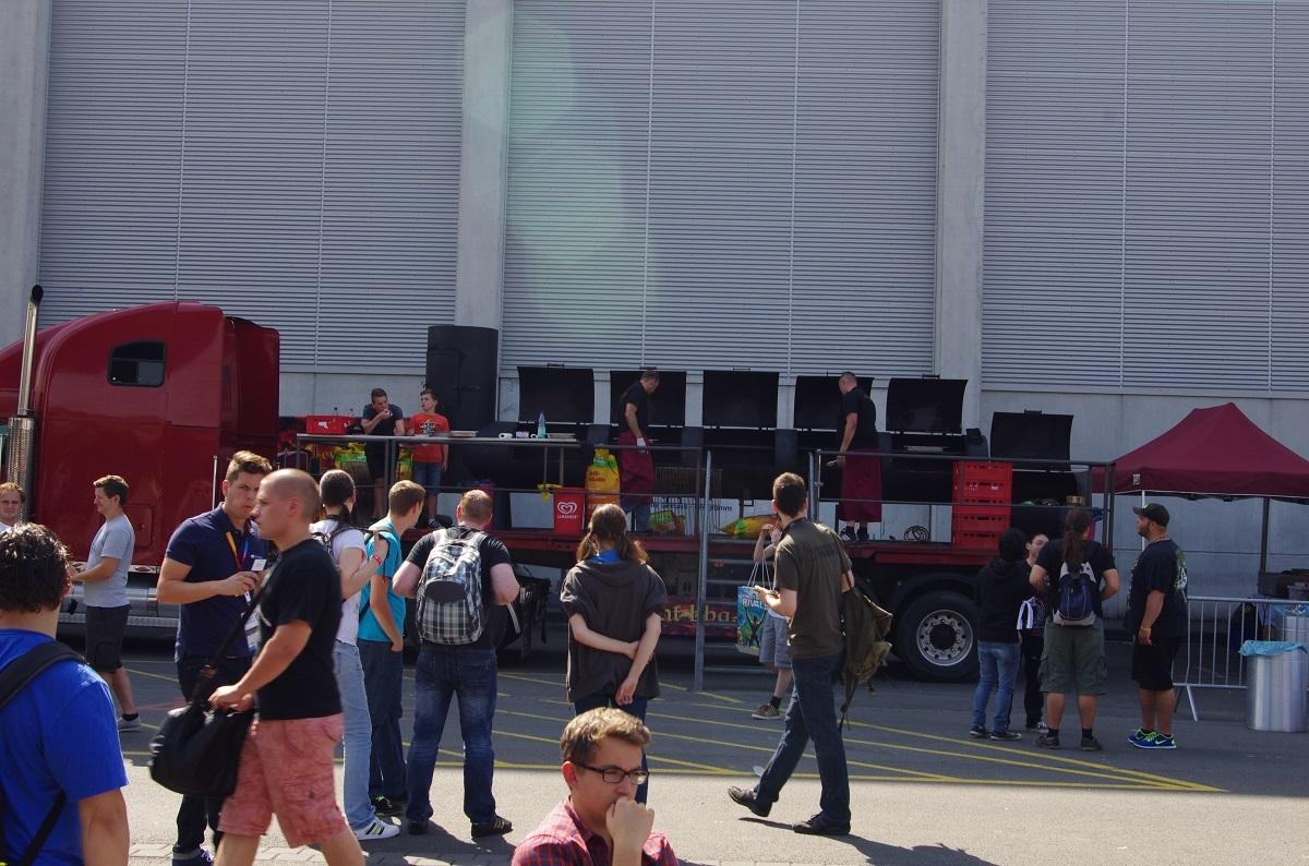 Erste Eindrücke von der Gamescon Köln Messe07qvycd
