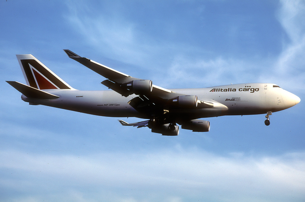 747 in FRA - Page 10 N409mc_09-09-006pbw6