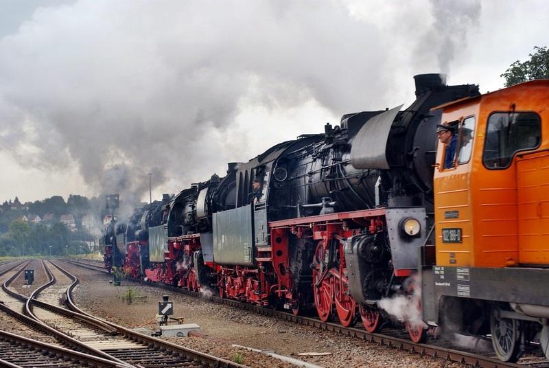 Die BR 52 - die Kriegslok - und BR 52.80 sowie Kohlestaub-52 - Seite 4 Nossen10-01105wmulx
