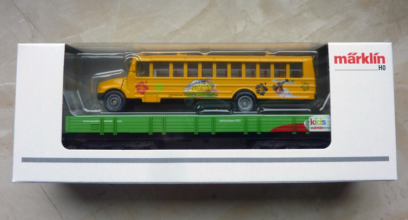 Märklin 48613 Kids Club Jahreswagen 2013  P1110759lfi67