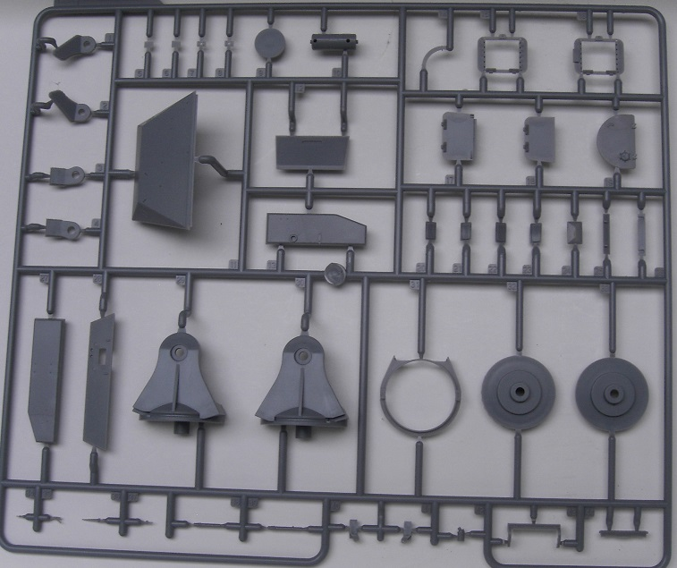 Minenräumer VsKfz 617 in 1:35 von Meng Pict3911ofq0y