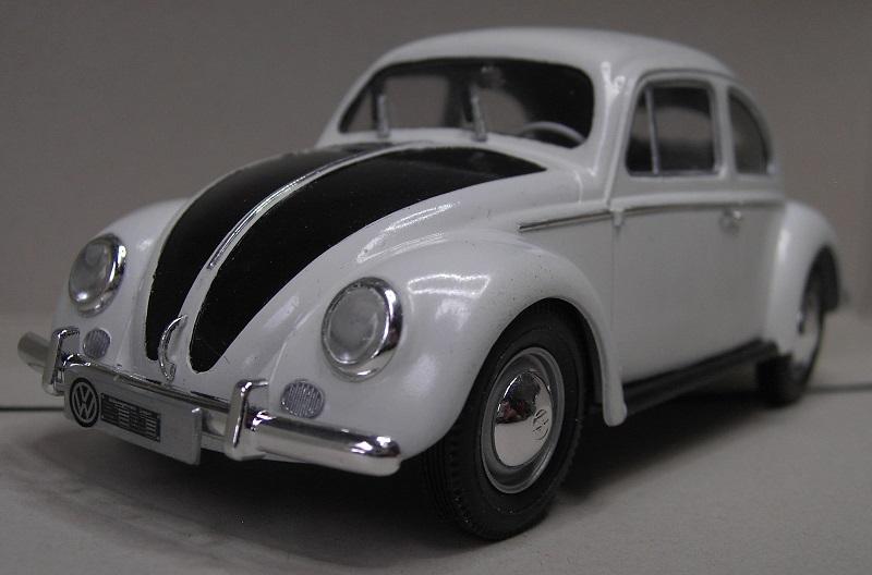 Volkswagen Käfer 1956 (Ovali) 1:24 von Gunze Sangyo aus 1989 Pict4354stufc