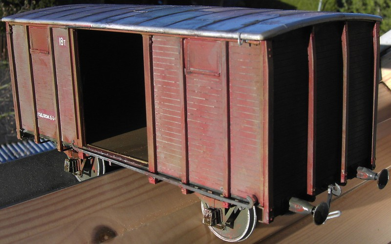 gedeckter Güterwaggon 18t in 1:35 Pict81092wukyu