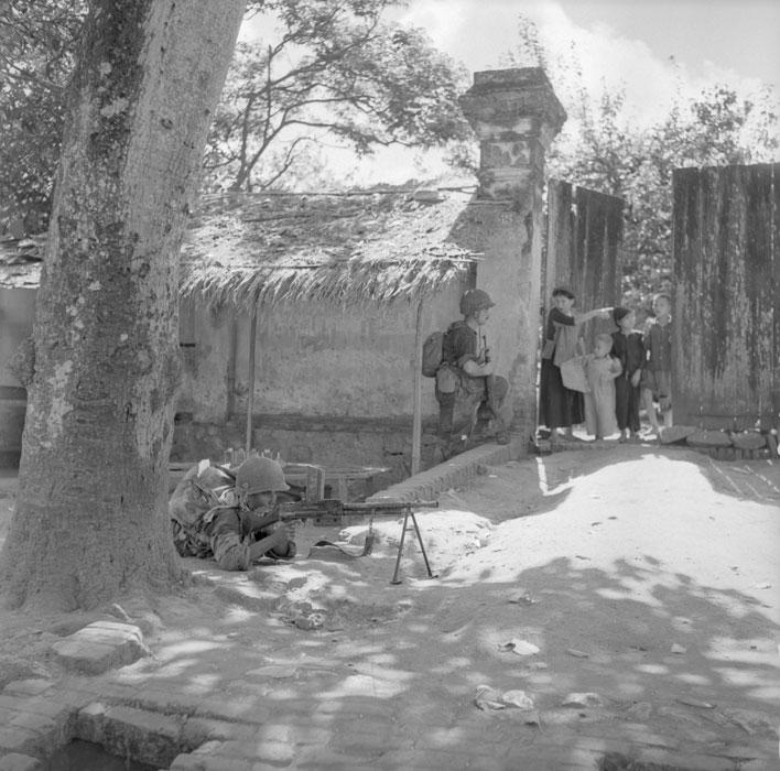 scènes de combat Tonk-53-59-r45kyuy9