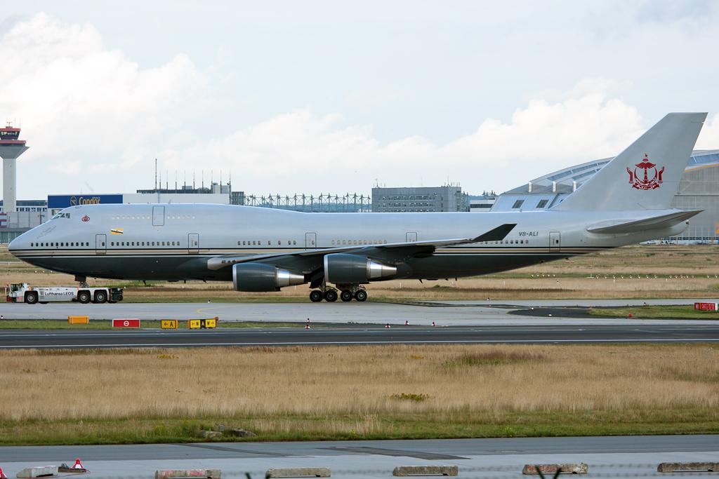 747 in FRA - Page 10 V8-ali_21-06-09npb24