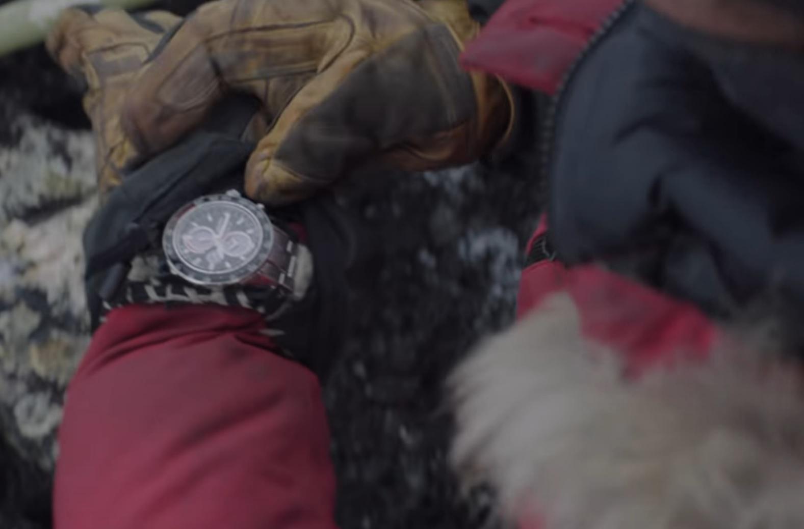 Mads Mikkelsen con SEIKO  Seiko-Sportura-ssc357-in-arctic-movie