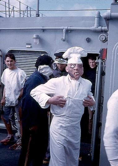 [Les traditions dans la Marine] Passage du cercle polaire (Sujet unique) Polaire13
