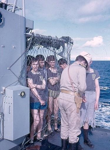 [Les traditions dans la Marine] Passage du cercle polaire (Sujet unique) Polaire14