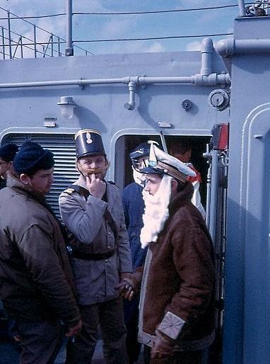 bapteme du cercle polaire - [Les traditions dans la Marine] Passage du cercle polaire (Sujet unique) Polaire22